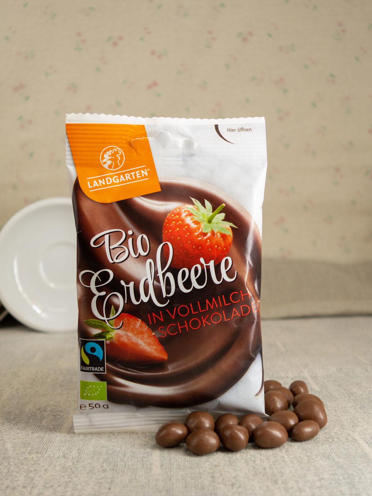 Bio Erdbeere in Vollmilch-Schokolade